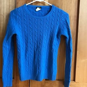 90s STYLE CABLE KNIT SWEATER